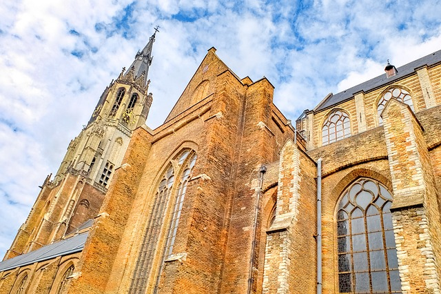 cathedral-2677980_640